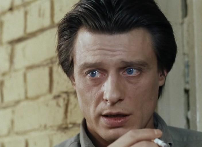 film-zavist-bogov-smot-kak-tsiluyutsa-golimi-patsan